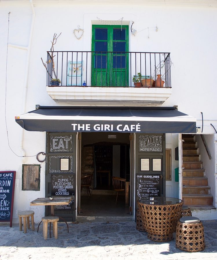 The Giri Cafe San Juan